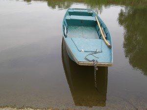 Pleure mon amie, pleure dans La mort barque-bleue-300x224